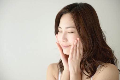 夏老けを防ぐ!夏の疲れた肌に効果的なスキンケア【第2回目 保湿対策編】 イメージ